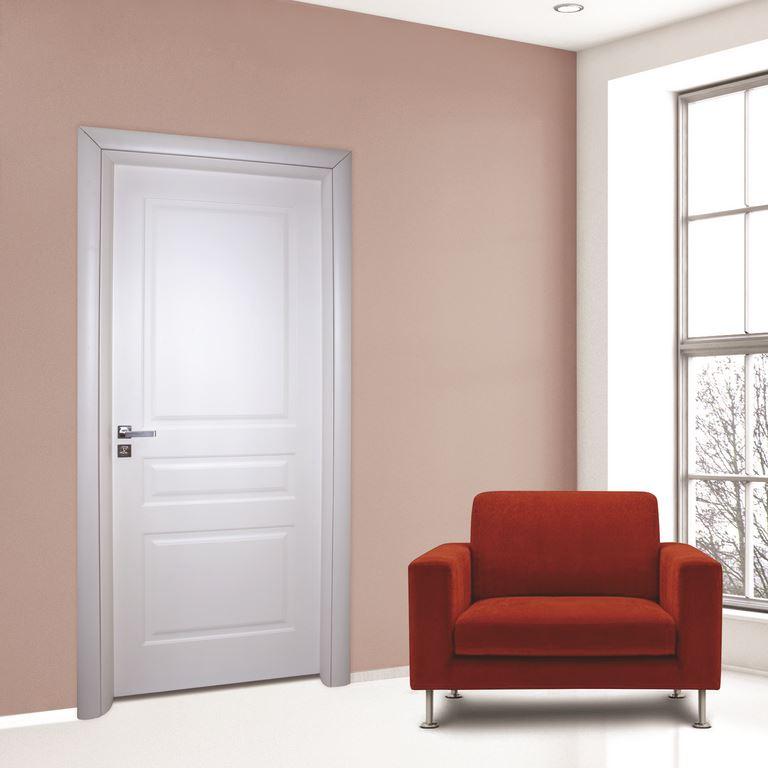 Porte interne e portoncini blindati l 39 arte del decoro - Decorazioni porte interne ...