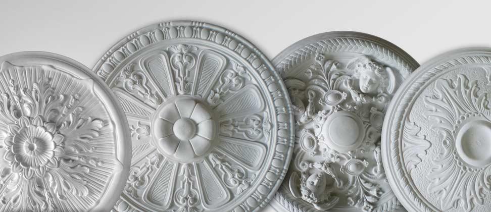 Facet cornici rosoni e colonne in gesso l 39 arte del decoro - Decori in gesso per interni ...